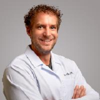 Dr. Craig Valentine