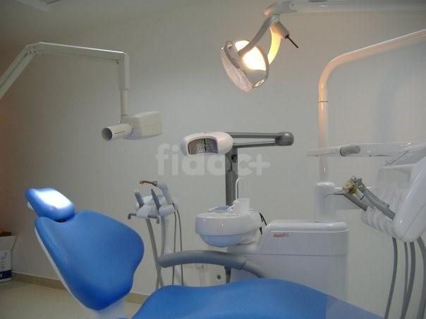 Dr. Ravari's Dental Clinic, Dubai